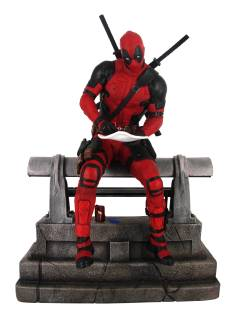 MARVEL PREMIER COLLECTION DEADPOOL MOVIE STATUE