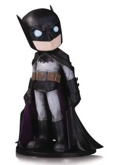 DC ARTISTS ALLEY BATMAN BY CHRIS UMINGA VINYL FIG