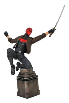 DC GALLERY COMIC RED HOOD PVC STATUE