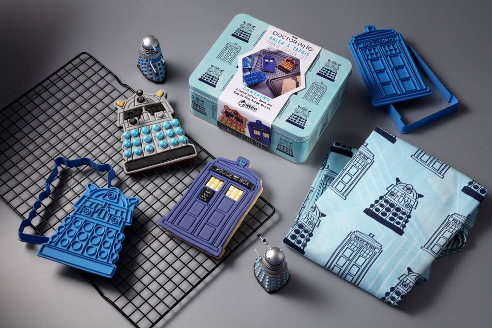 DOCTOR WHO BAKING SETS