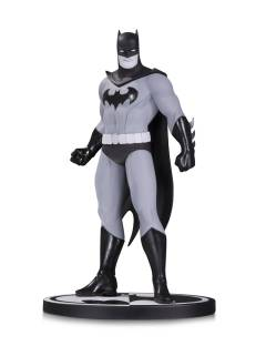 BATMAN BLACK & WHITE STATUE BATMAN BY AMANDA CONNER